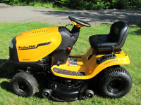 2013 Poulan Pro V-Twin Lawn Tractor