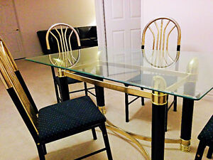 NEW GLASS DINING TABLE + 4 CHAIRS