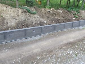 Driveway Curb/Retaining Wall Forms Peterborough Peterborough Area image 4