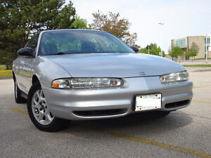 2002 Oldsmobile Intrigue Sedan