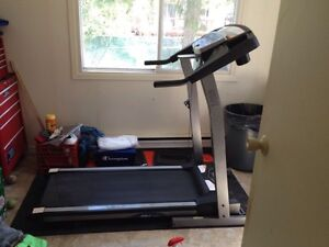 Treadmill forsale, Excellent condition