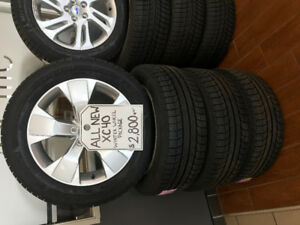 Volvo V60,XC40 or XC60 winter tires and Volvo wheels.