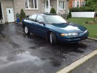 oldsmobile intrigue 2002 en bonne condition