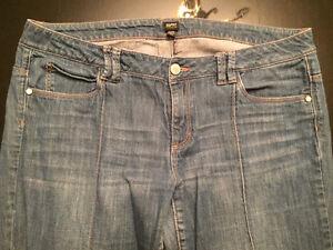Esprit jeans West Island Greater Montréal image 2