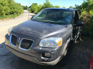 2009 Pontiac Montana SV6 ** FOR PARTS ** INSIDE & OUTSIDE**