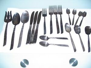 Oneida South seas Silverplate flatware