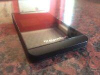 Blackberry Z10 black on EE! Excellent condition! LOOK