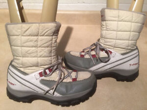 Women's WindRiver T-Max Insulated Winter Boots Size 9