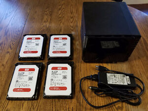Synology DS414 NAS & x4 8TB WD Red Hard Drives