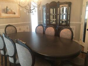 Ensemble de salle à dîner/dining room set