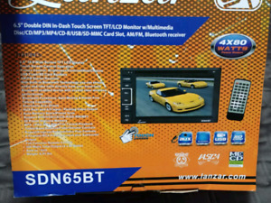 "6.5"" Wireless Streaming CD/DVD Touch Screen Double DIN car audio"