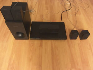 Samsung Surround Sound System (DVD/blu-ray player included)