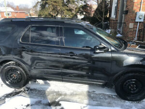 Fully loaded 2015 Ford Explorer sport. Excellent condition.