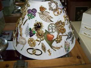 Vintage Jewellery Jewelry Brooches Pins  as shown