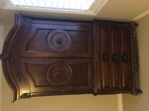 ARMOIRE - MOVING must sell