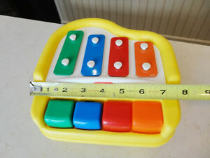 Vintage Little Tikes Xylophone Piano -Works Perfect &Looks Great Kitchener / Waterloo Kitchener Area image 4