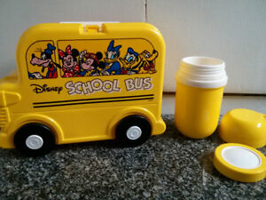1970'S DISNEY SCHOOL BUS ON WHEELS PLASTIC LUNCHBOX AND THERMOS