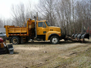 2002 sterling heavy spec s/a plow truck