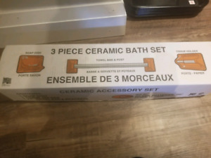 3 piece ceramic bath set