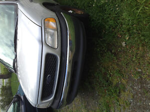 2000 Ford F-150 4x4 pickup -$500 or parts