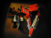 2 Transformers Toys
