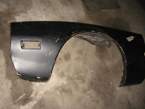 EARLY 70'S FIBERGLASS FRONT LEFT FENDER PONTIAC FIREBIRD