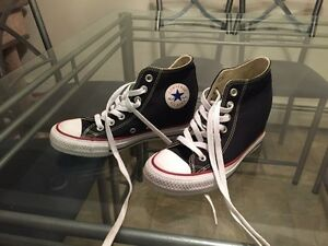 $65.00 OBO Converse Wedge Size 6 Ladies