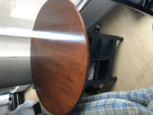 HIGH TOP 4 SEAT DINING ROOM TABLE