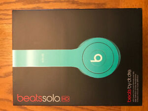 Dr. Dre Beats Solo HD Over The Ear Headphones - Teal