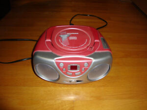 DIGITAL COMPACT DISC PLAYER PORTABLE CD STEREO RADIO SYSTEM