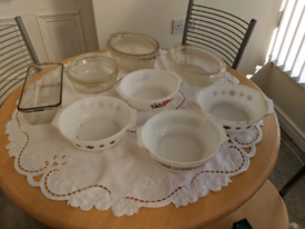 Selection of glass and pyrex casserole dishes vintage clearance