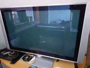 47 inch Hitachi plasma tv