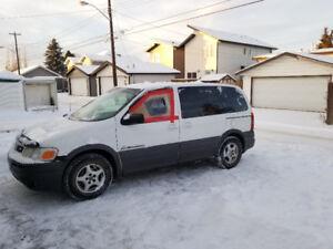 2002 Pontiac Montana White
