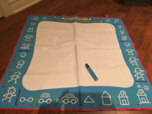 AquaDoodle 123 Draw with Me Play Mat