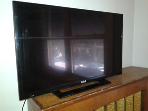 32' TV with stand