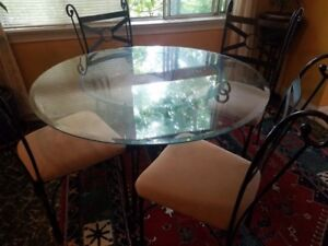 CIRCULAR GLASS TABLE AND CHAIRS SET (GOOD CONDITION)