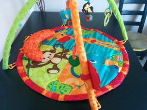 Bright Starts Safari Tales Activity Gym Playmat with Prop-Up Pil