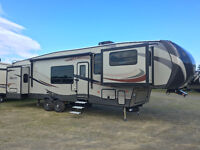 2017 Sprinter 334FWFLS Low interests financing available.