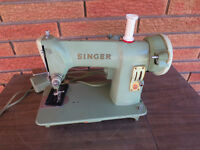 SINGER VINTAGE SEWING MACHINE MODEL 185J