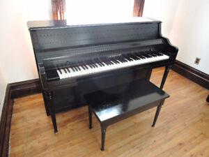 Piano Schubert, accord et transport inclus