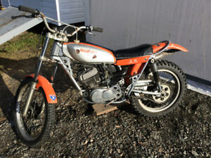 Motorcycle 1974 Suzuki RL 250  2-Stroke Trial's bike