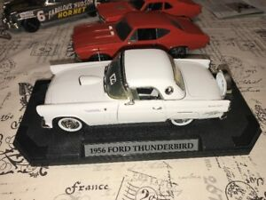 Ford Thunderbird Hard Top 1956 roue continentale diecast 1/18
