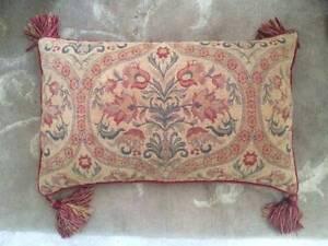 Designer LAURA ASHLEY 4x Jaquard Cushions RRP $159.95 each Subiaco Subiaco Area Preview