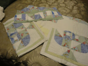 Quilt set and valance