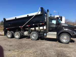 2015 - T880 KENWORTH TRIAXLE DUMP