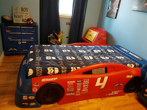 Boy Step2 Convertible Stock Car Bed and 2 Dressers