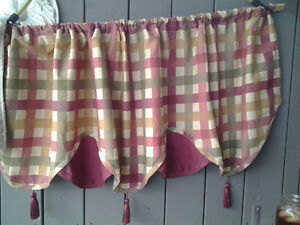 Country Kitchen Valance-3 panels