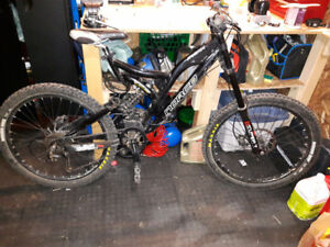 Norco Atomik Downhill Mountain Bike