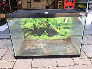 Fish/Reptiles tank