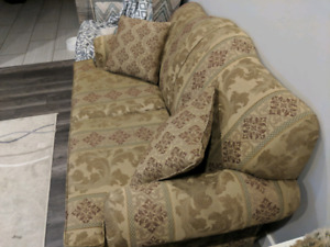 2 couches, 200 each or 300 together.